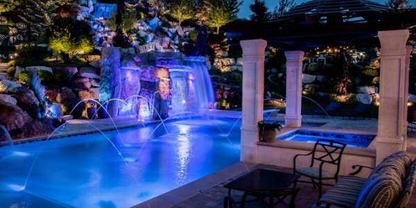 Custom Swimming Pools